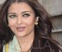 Karva Chauth 2014: Aishwarya celebrates Husband, Abhishek