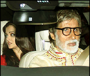 Aishwarya, Abhishek, Jaya and Shweta click 'Selfies' with the Amitabh, the Birthday boy!